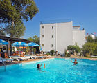 Lalaria Hotel, Main